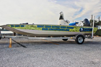 Xpress HD22CC Catfish Boat